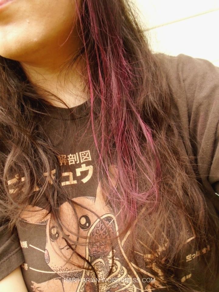 Pink Hair Chalk applied